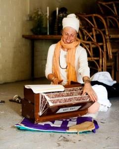 Sat Atma Kundalini Yoga Teacher Training level 1